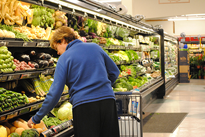 France Passes Law Forcing Supermarkets to Donate Unsold Food